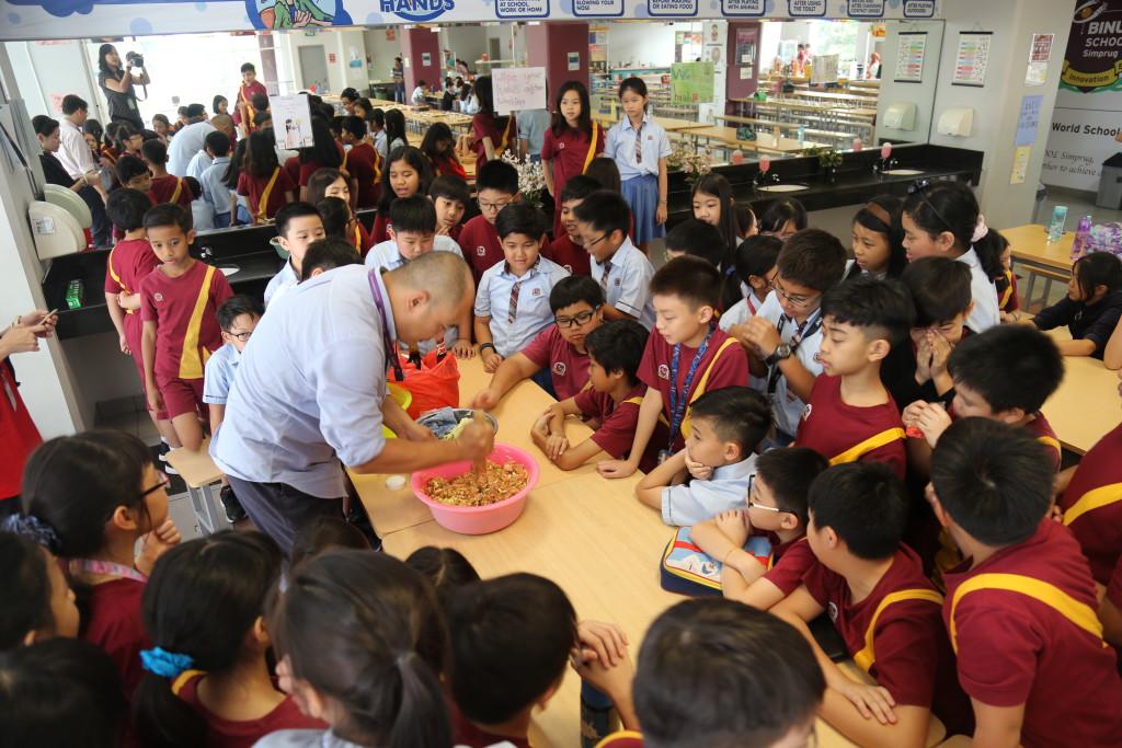 Grade 5 Chinese dumpling making